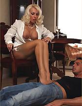 Smoking hot Lana Cox