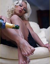 Champagne feet