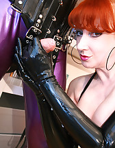 British MILF Red loves handjobs