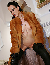 Classy MILF in fur and leather