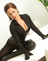 Sexy Ella Kross Humiliates Her Slave!