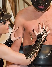 Ballbusted slave, pic #4