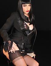 Gothic sensual tease, pic #6