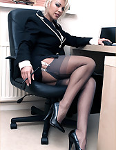 Office feet sex, pic #1