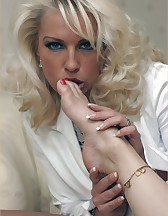Sexy foot massage, pic #11