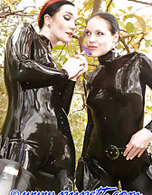 Subtropical latex sluts, pic #4