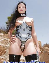 Phantastic steel corset, pic #1