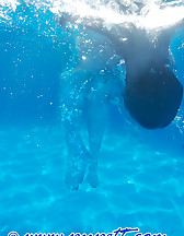 Swimming pool story, pic #4