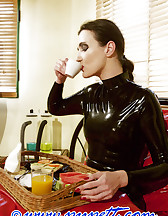 Rubber Maids, pic #2