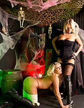 Halloween BDSM, pic #12