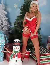 Hot Santa girl, pic #7