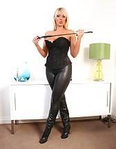 Mistress awaits you!, pic #3