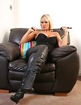 Mistress awaits you!, pic #4