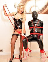 Lucy and The Gimp, pic #9
