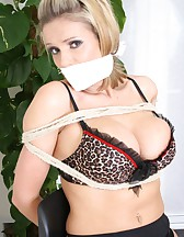 Tied up at home, pic #11
