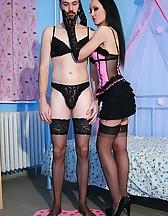 Kinky play with a crossdresser, pic #3