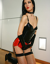 Sexy black and red latex lingerie, pic #10