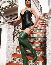 Fetish Lady in leather and boots, pic #6