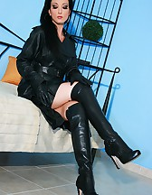 Wearing leather gets me so horny, pic #13