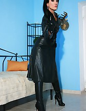 Wearing leather gets me so horny, pic #10