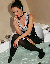 French maid plays in the bathtub, pic #7