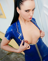 Strict latex babe shows her assets, pic #11