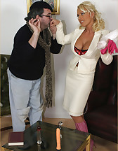 Lana Cox enjoying dildo, pic #3