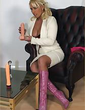 Lana Cox enjoying dildo, pic #4