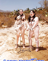 A job for slave ladies, pic #2