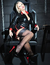 Mistress in the Dungeon, pic #6