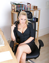 Naughty Office Secretary, pic #1