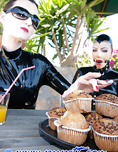 Slaves drinking, pic #1