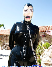 Mistress and slave arrived, pic #9