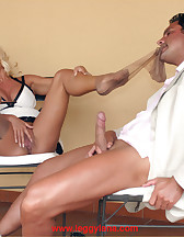 Hot blonde domme, pic #7