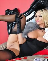 Burlesque, pic #7