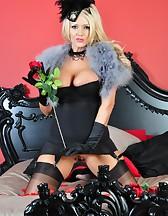 Burlesque, pic #8