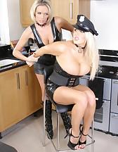 Good Cop Bad Cop, pic #4