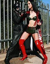 Battle of the fetish perverts, pic #7