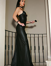 Classic Mistress in long leather, pic #1