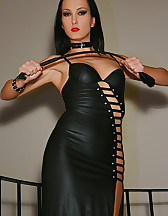 Classic Mistress in long leather, pic #2