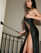 Classic Mistress in long leather, pic #6