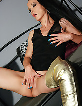 Masturbation in thigh high boots, pic #7