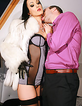 Gloved Lady loves to fuck in fur, pic #3