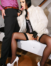 Gloved Lady loves to fuck in fur, pic #8