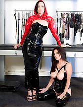 Latex slave, pic #1