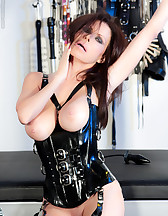 Latex slave, pic #2