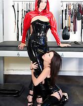 Latex slave, pic #3