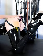 Latex slave, pic #5