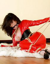 Red latex catsuit and ropes, pic #10