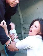 Women captured to the van, pic #2